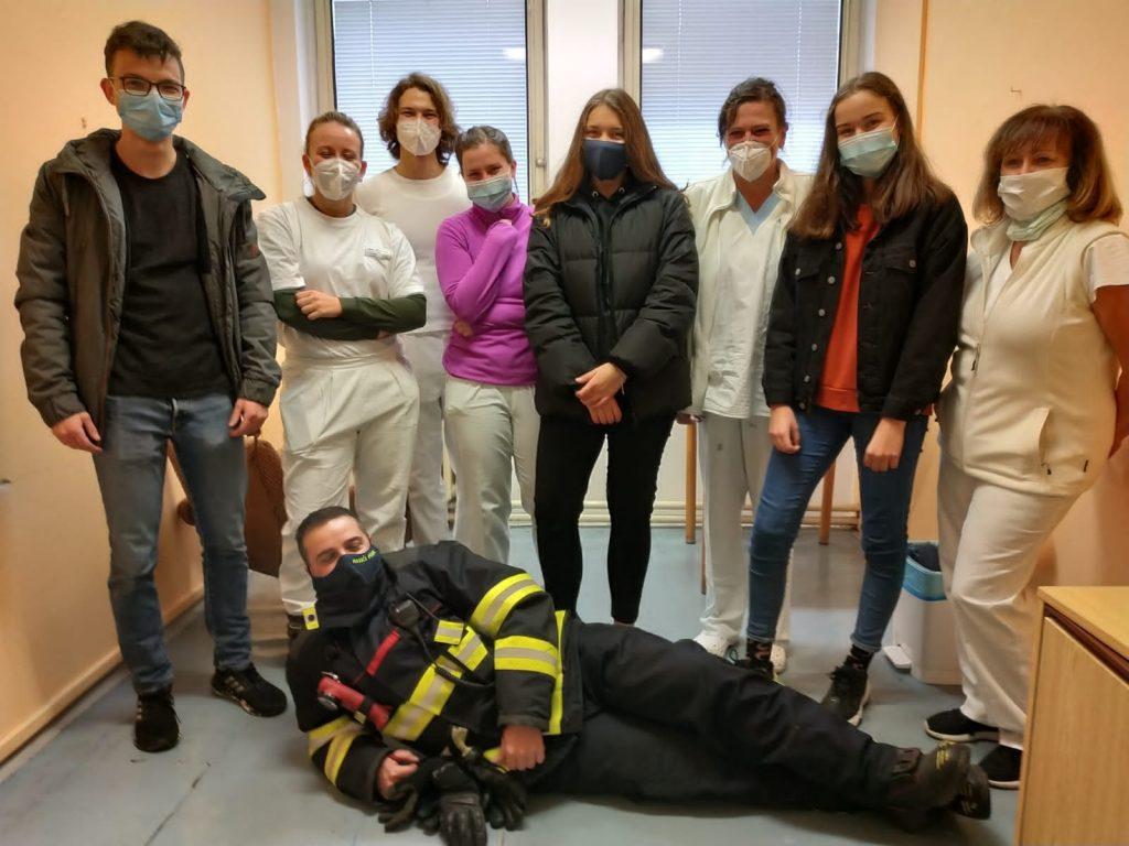 Ženy + Juniorky předaly poděkování do nemocnice Písek